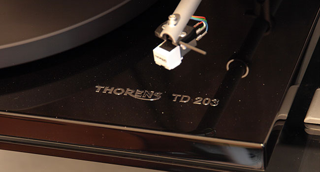 2015 07 28 TST Thorens TD 203 a Ortofon 5