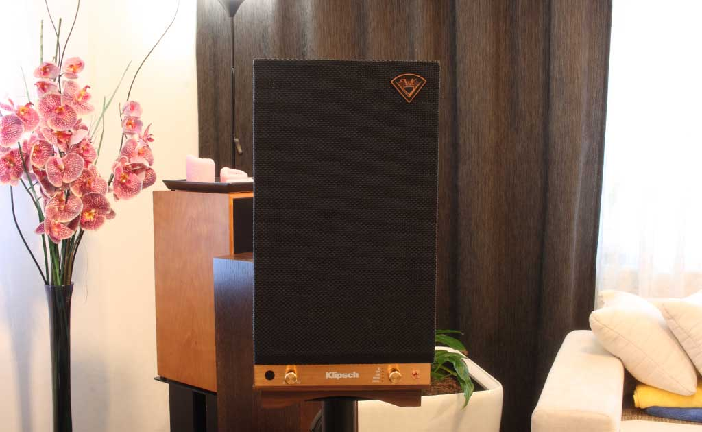 2017 11 17 TST Klipsch The Sixes 2