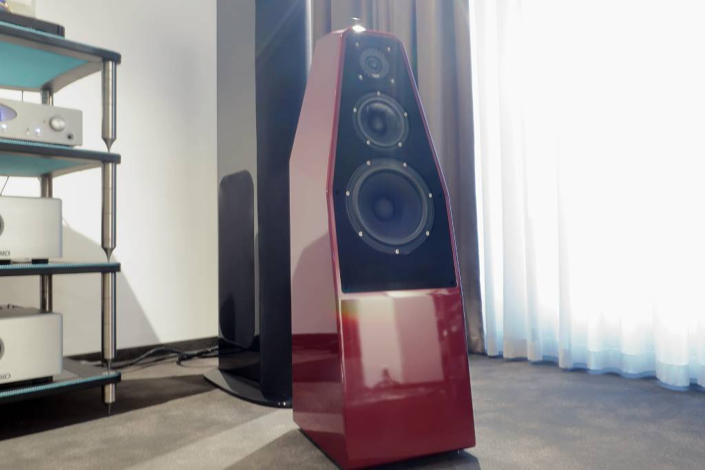 2020 04 30 TST Wilson Audio Sabrina 3